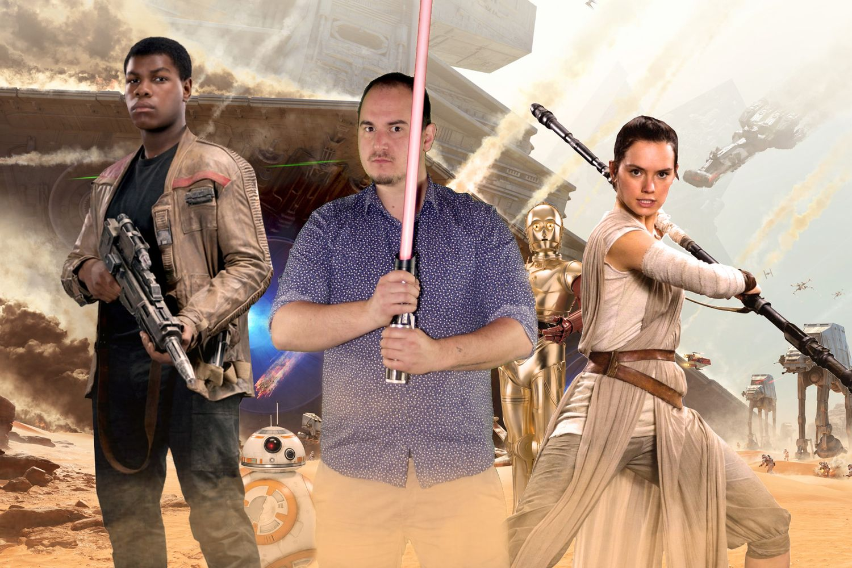 Thème personnalisé Star Wars avec accessoires fournis (sabres laser Jedi et Sith).
